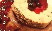Tournedos de chevreuil rossini, sauce aux fruits rouges