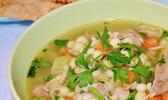 Soupe réconfortante à la dinde et au couscous de jérusalem