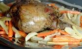 Gigot à la cuillère et ses légumes anciens