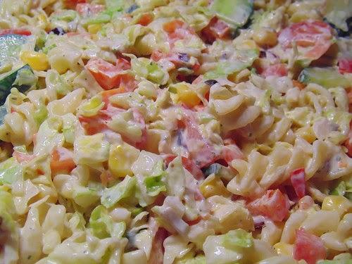 salade de macaronis au jambon fromage carotte oeufs mayonnaise porto par streetfood