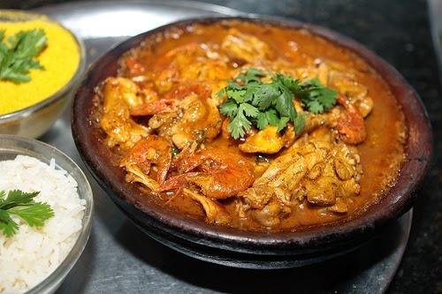 Xinxim de galinha un plat de poulet crevettes bahia for Accompagnement cuisine