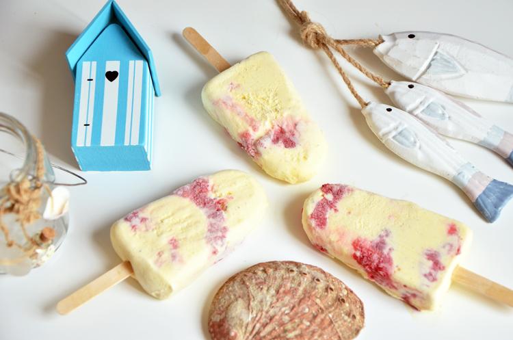 recettes de glace par turbigo gourmandises esquimaux vanille framboises b tonnets glac s. Black Bedroom Furniture Sets. Home Design Ideas