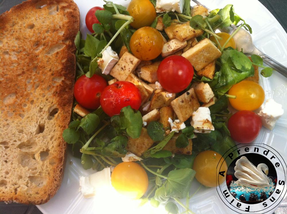 Recettes de brie par a prendre sans faim salade fra che for Salade entree originale