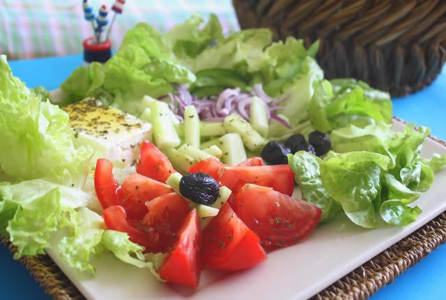 Recettes de cuisine grecque par mimi pinson salade for Cuisine grecque