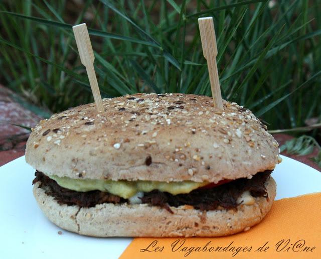 burger de canard par les vagabondages de vi ne. Black Bedroom Furniture Sets. Home Design Ideas