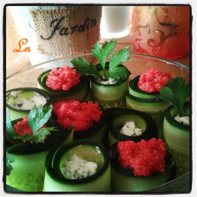Jardin de concombre au fromage frais et aux oeufs de lump for Le jardin fromager