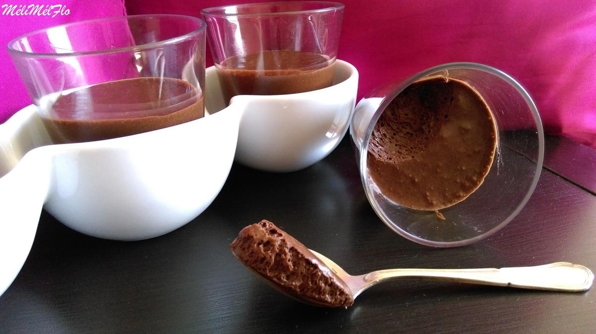 mousse au chocolat au jus d 39 haricots rouges par m lim lflo. Black Bedroom Furniture Sets. Home Design Ideas