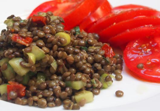 Salade de lentilles au concombre et la tomate s ch e par cuisiner en paix - Cuisiner les tomates sechees ...