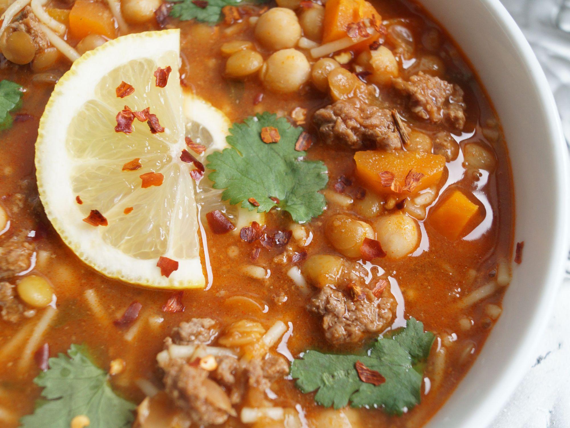 Harira soupe marocaine a l 39 agneau aux lentilles et aux - Cuisiner les pois chiches ...