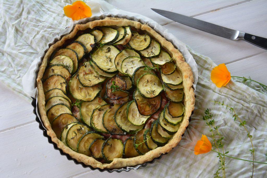 Recettes de tarte sal e id es de recettes base de - Idee recette tarte salee ...