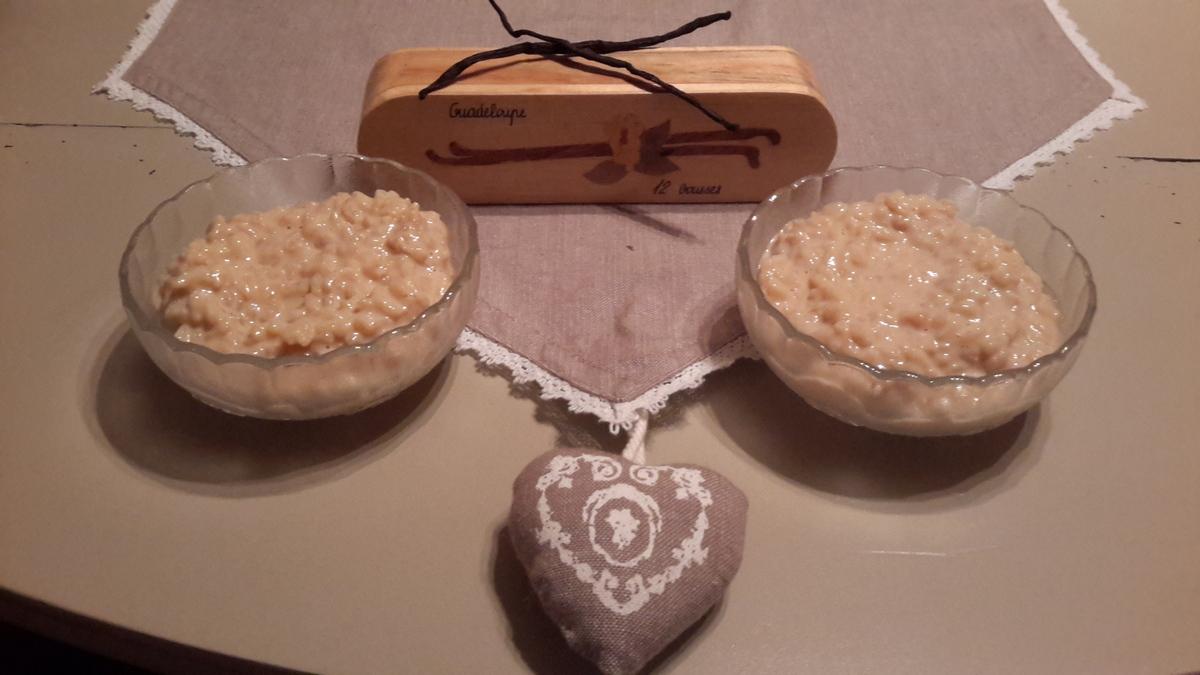 riz au lait cr meux par recettes au companion ou pas. Black Bedroom Furniture Sets. Home Design Ideas