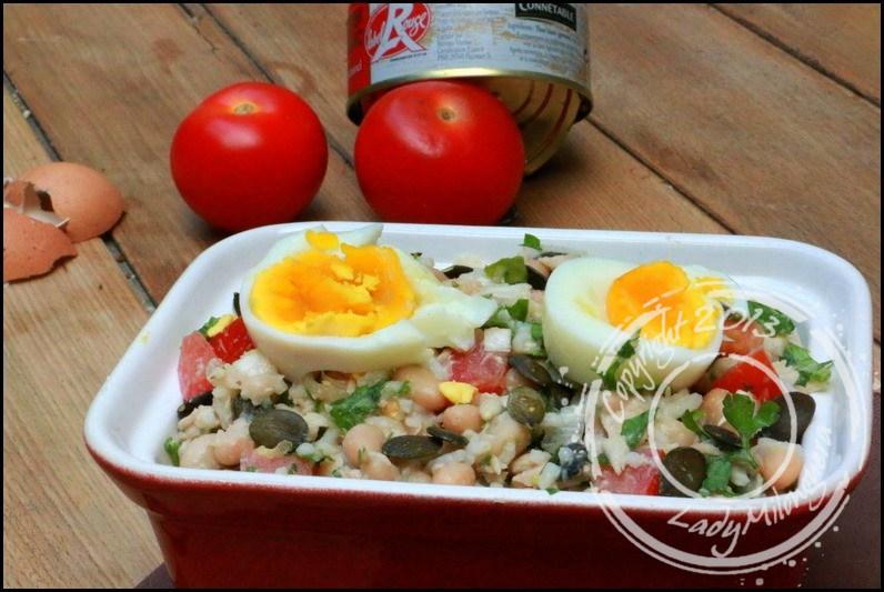 Salade de riz compl te aux haricots blancs thon et ufs - Cuisiner du riz blanc ...