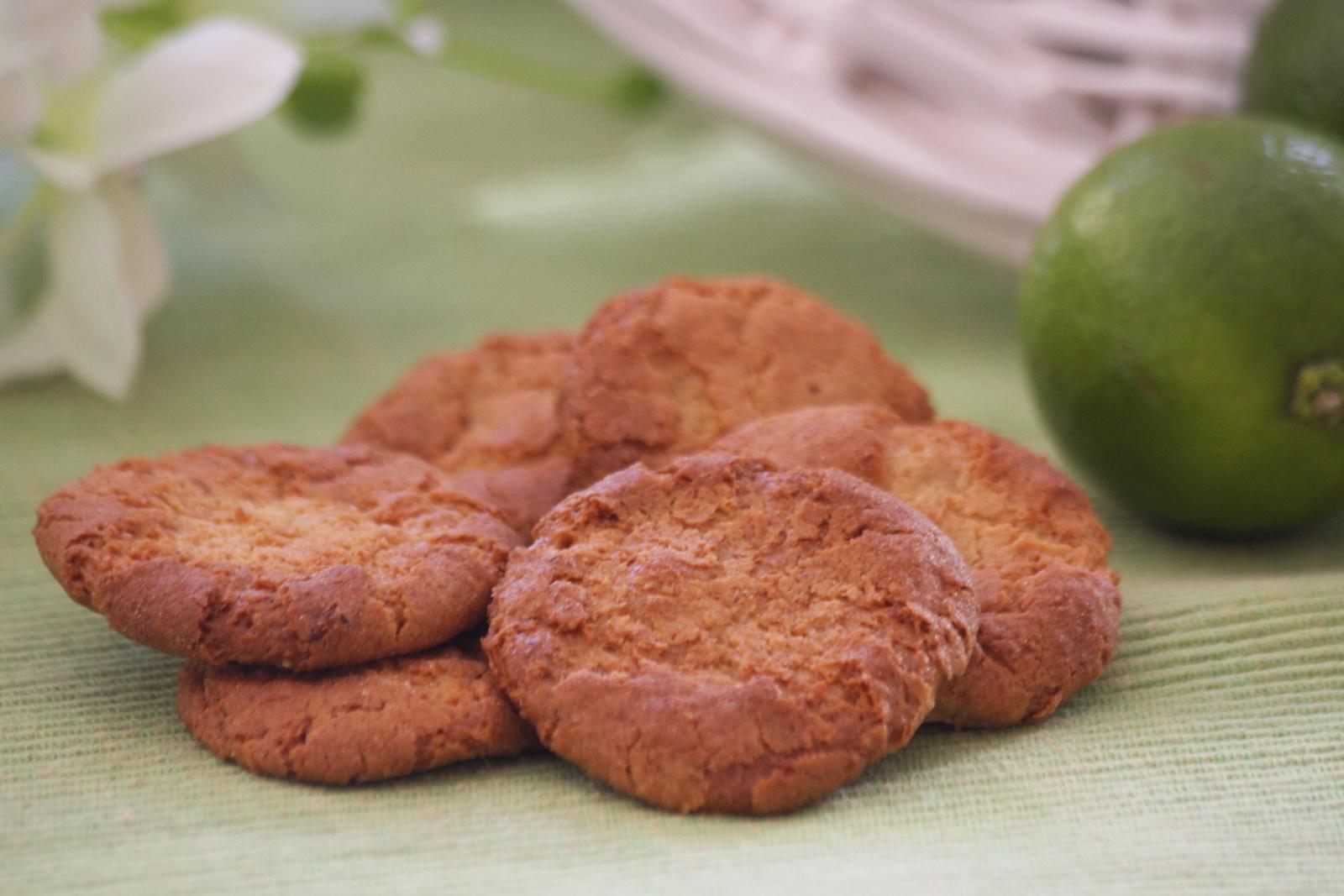 recettes d amandes par thaissou biscuits 224 la p 226 te d amande et au citron vert tuiles 224 la