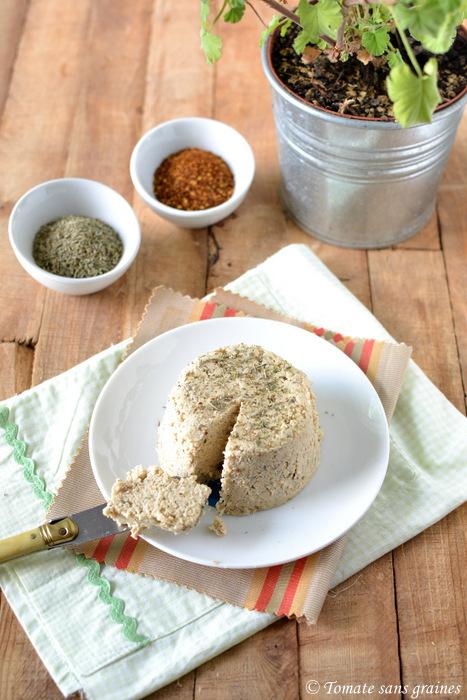 Fromage v g tal au piment d 39 espelette et herbes de provence par tomate sans graines - Graine de piment d espelette ...