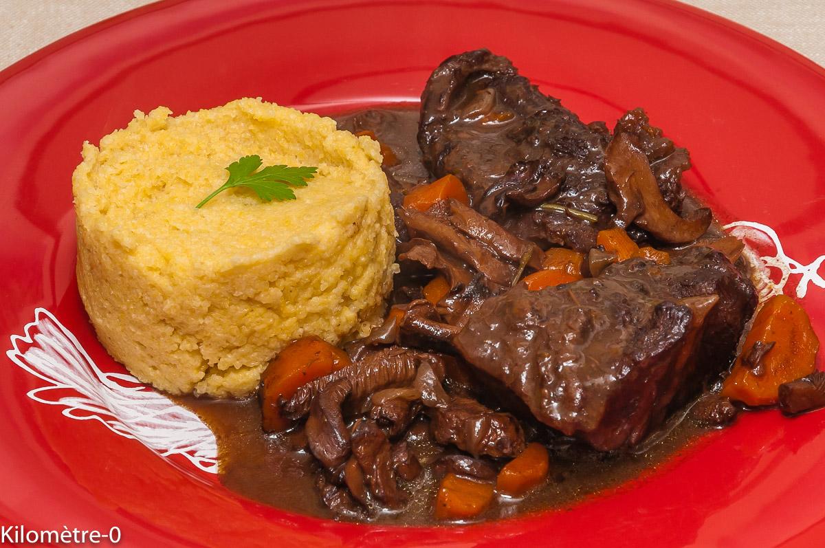 recettes de vin rouge par kilometre 0 joue de boeuf et polenta au caf coq au vin oeufs en. Black Bedroom Furniture Sets. Home Design Ideas