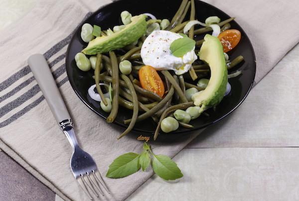 recettes d 39 avocat par pic tout salade de haricots verts et burrata l 39 huile de basilic thon. Black Bedroom Furniture Sets. Home Design Ideas