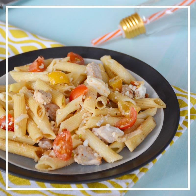 recettes de salade par par amour des bonnes choses salade de p tes all g e volaille amandes. Black Bedroom Furniture Sets. Home Design Ideas