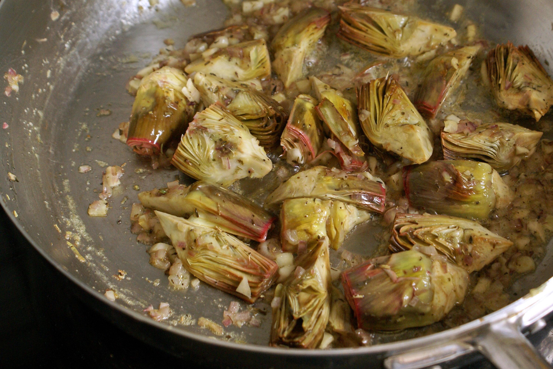 Artichauts poivrade recette d 39 artichauts poivrade saut s - Comment cuisiner les coeurs d artichaut ...