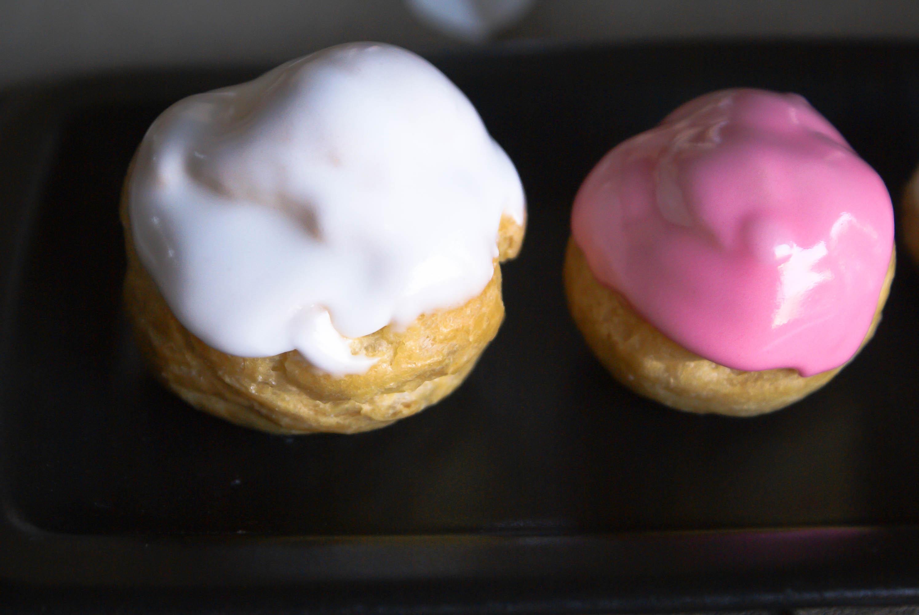 Recette facile de glace royale un gla age blanc ou color au sucre glace pour d cors de - Recette de glace facile ...
