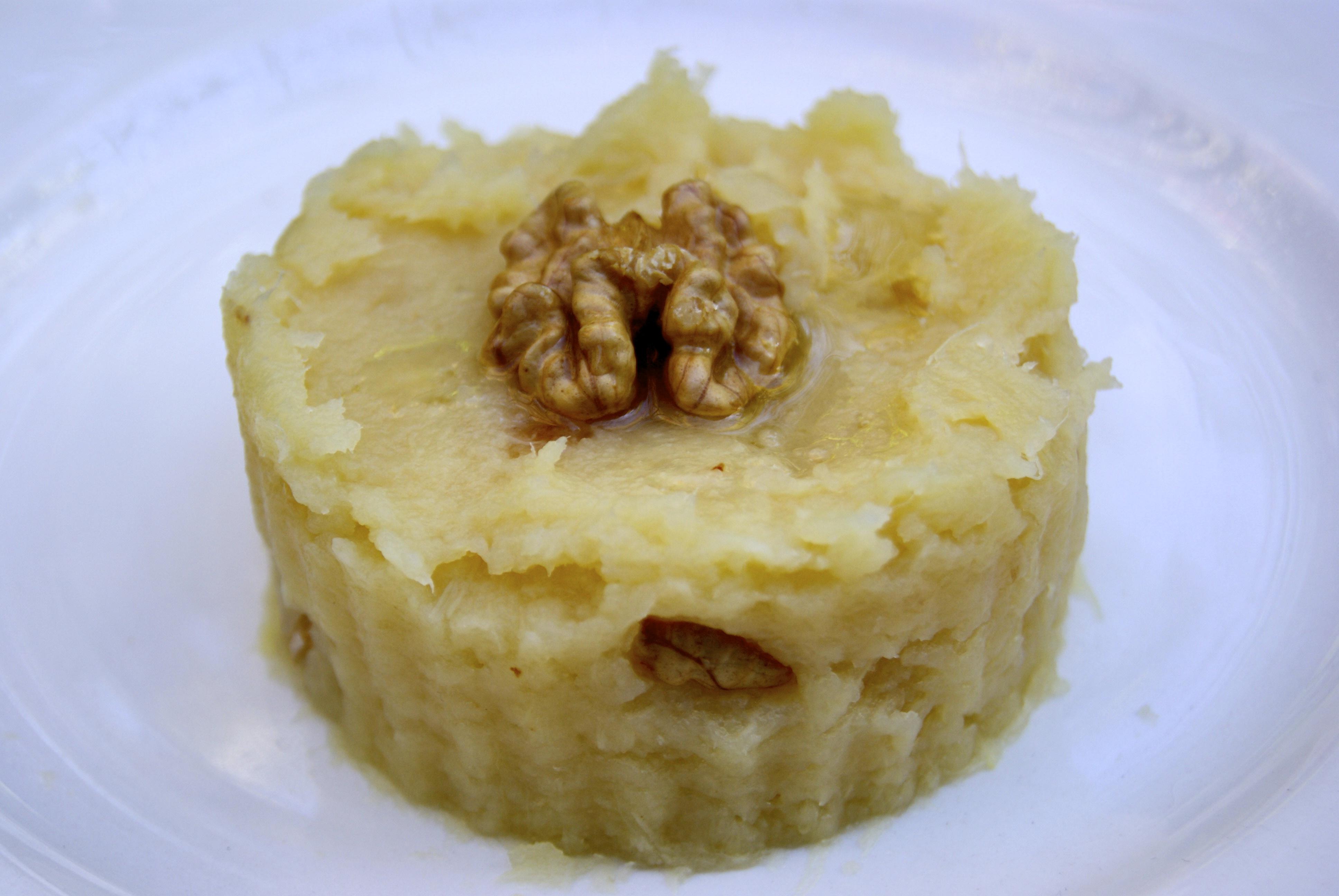 recettes de pur 233 e maison par la p tite cuisine de pauline ecras 233 de pommes de terre aux noix