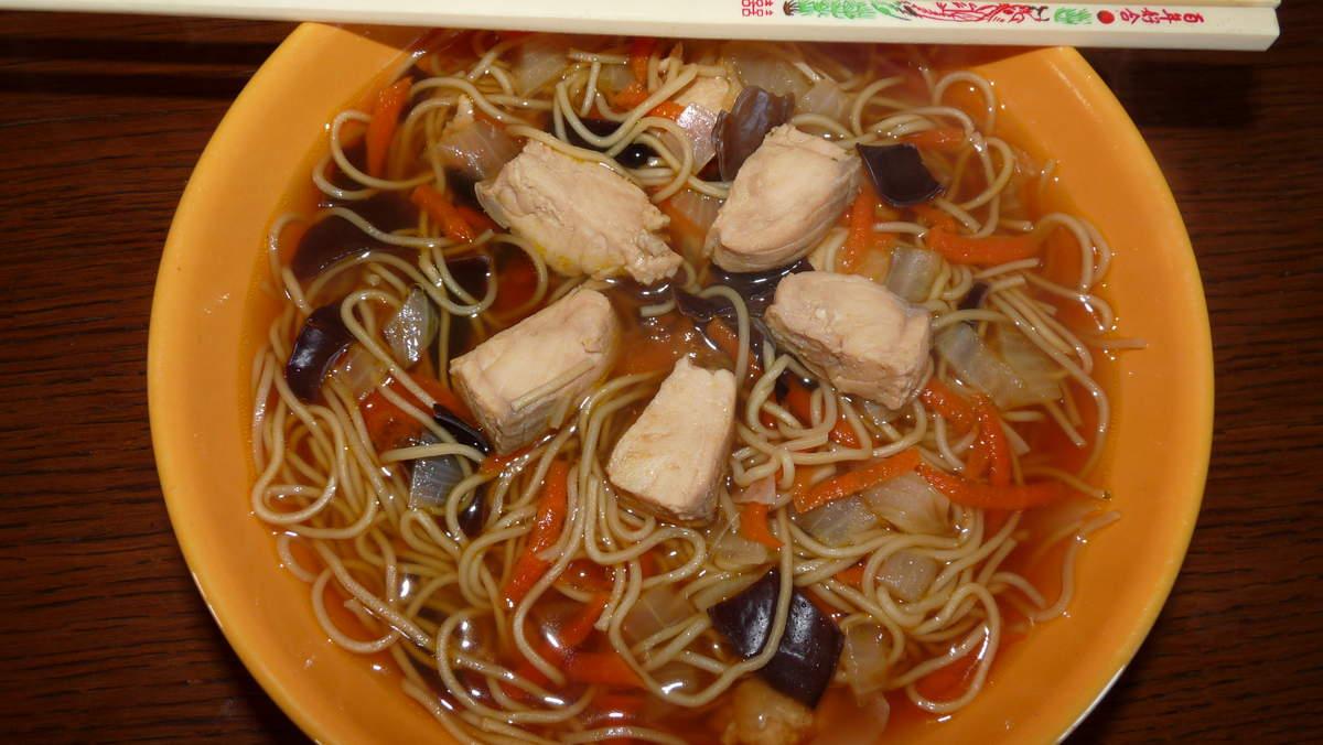 recettes de cuisine asiatique par cookingrid soupe chinoise au saumon rouleaux de printemps. Black Bedroom Furniture Sets. Home Design Ideas