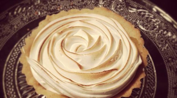 Recettes de meringue par dollyjessy tartelettes au citron meringu es framboisier chocolat - Recette tarte au citron sans meringue ...