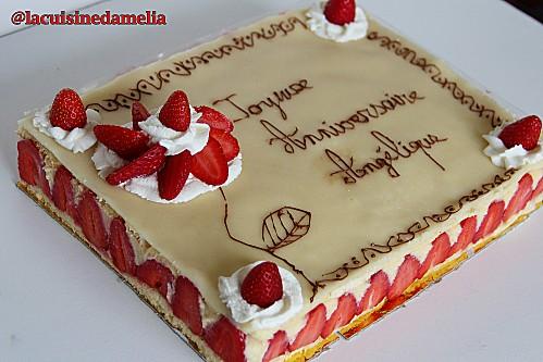Très Recettes de gâteau d'anniversaire et de fraise BO59