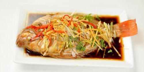 Poisson au gingembre et ciboule la vapeur par azizen - Cuisine asiatique vapeur ...