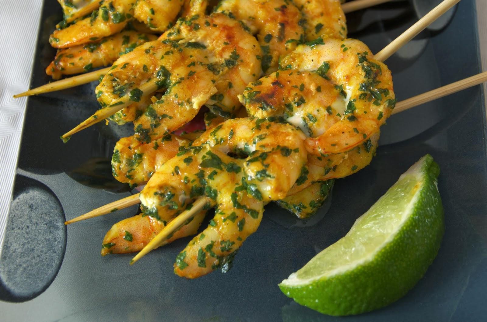 Assez Les brochettes appéritives de crevettes au colombo - Recette par  TG66