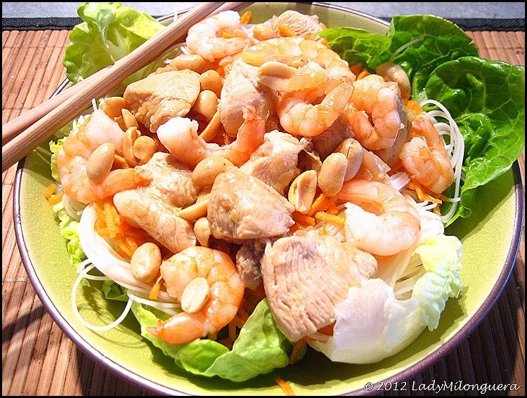 recettes de crevettes par ladymilonguera salade fa on bo bun crevettes et poulet curry de. Black Bedroom Furniture Sets. Home Design Ideas