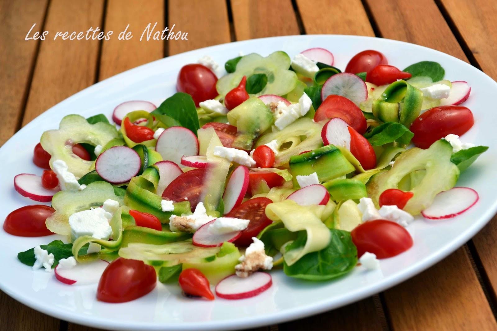 Salade fra cheur la feta et mini poivrons du p rou par for Salade entree originale
