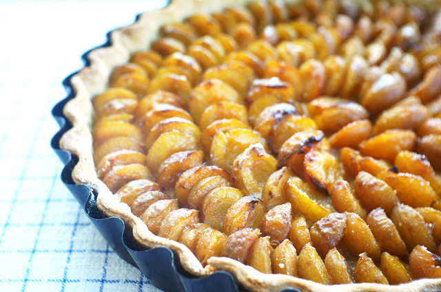 tarte aux mirabelles de lorraine une recette de prunes. Black Bedroom Furniture Sets. Home Design Ideas
