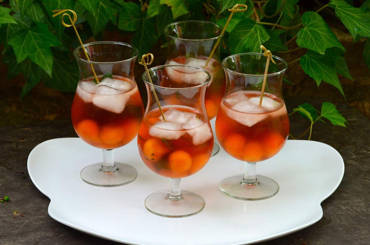 Cocktail fraicheur au melon par la p 39 tite cuisine de pauline for Cocktail rose