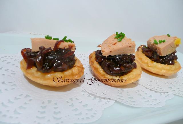 tartelette au foie gras et a la compote d oignons