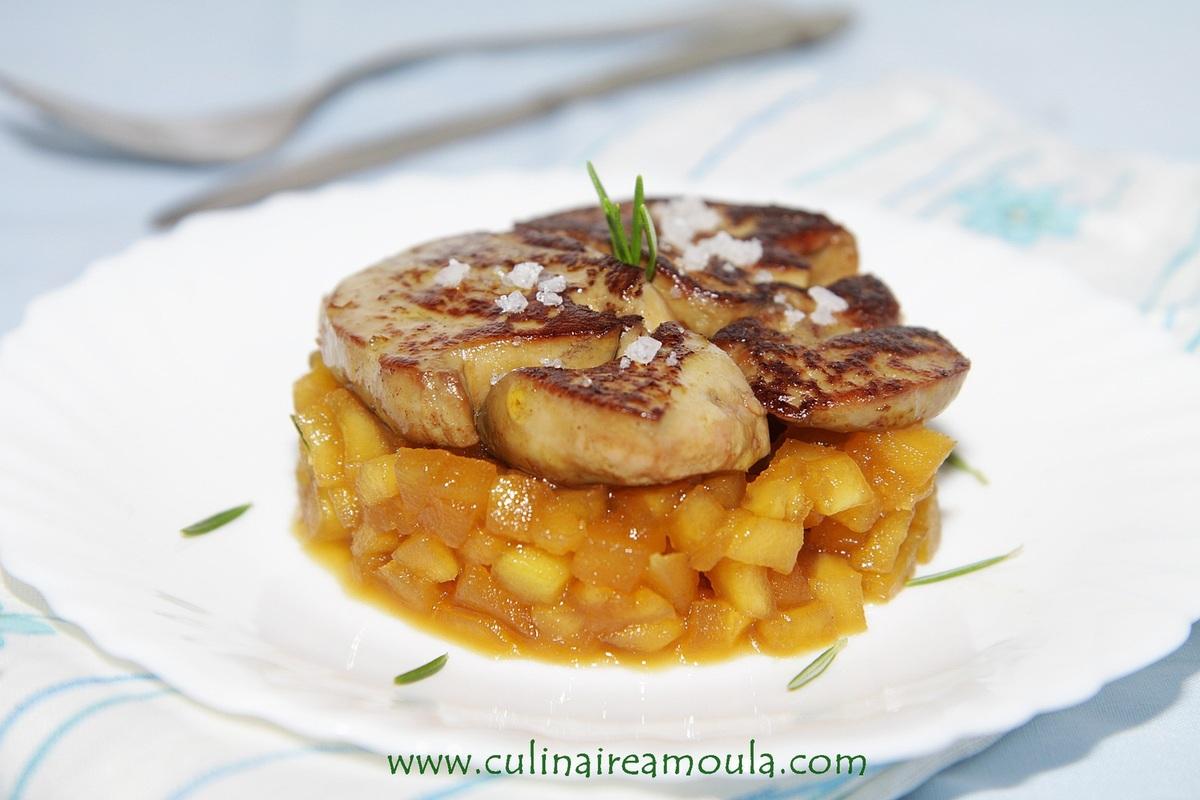 foie gras po l pommes caram lis es et romarin par culinaireamoula. Black Bedroom Furniture Sets. Home Design Ideas