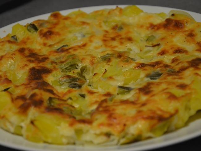 Quiche sans oeuf et sans p te aux poireaux et pommes de terre par la tambouille de charline - Tarte aux poireaux sans oeufs ...