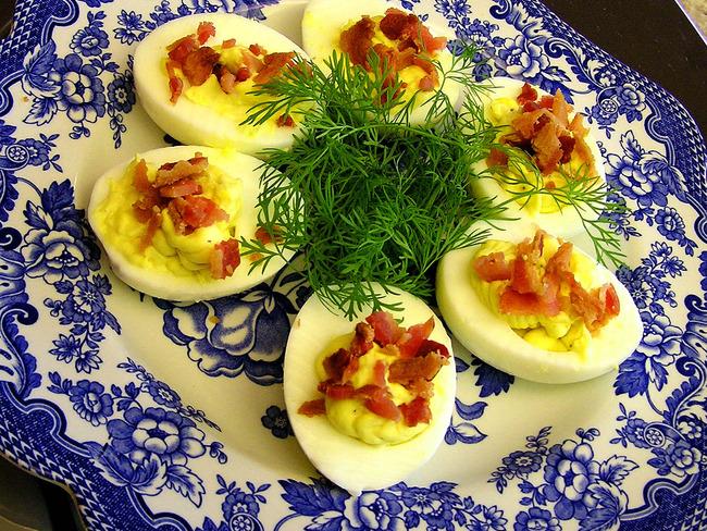 oeufs durs farcis au r ti de boeuf deviled eggs recette par cuisine maison d 39 autrefois. Black Bedroom Furniture Sets. Home Design Ideas