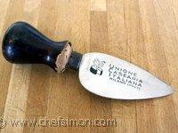 Couteau à parmesan