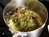 Etuver la salade