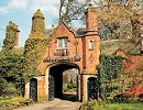 Luxury_Antiques_Weekend_at_The_Mere