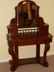 Small 19th Century Mahogany Du