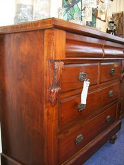 19th century Walnut Chest of d