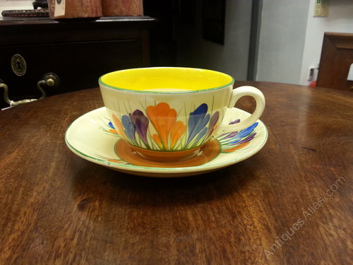 Clarice Cliff Crocus Pattern Cup & Saucer