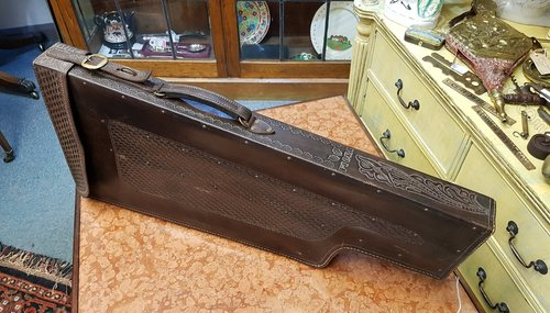 Leg of Mutton Quality Embossed Leather Gun Case