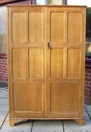 A Cotswold style oak wardrobe