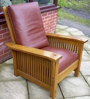 A Stickly reclining chair