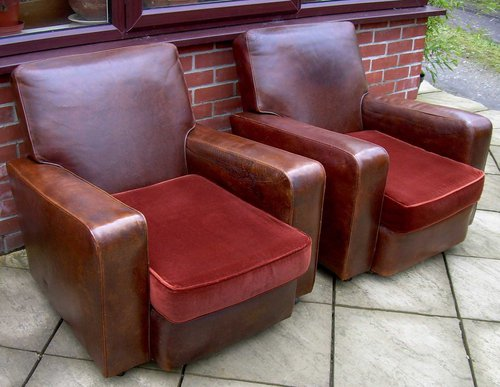 A leather 3 piece suite antiques atlas for Furniture 3 piece suites