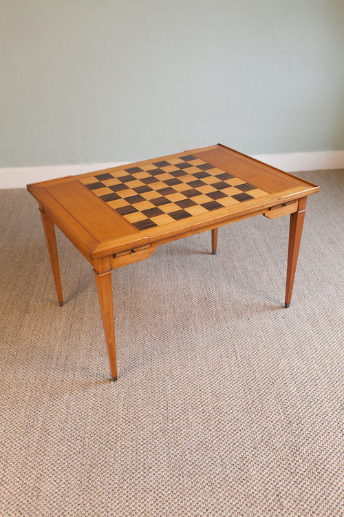 Antiques Atlas Coffee Table With Inlaid Chessboard Top