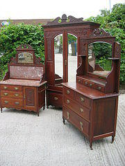 Solid Walnut Edwardian Bedroom Suite Antiques Atlas