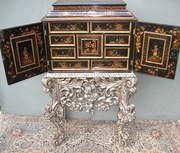 Antique lacquered Cabinet on s